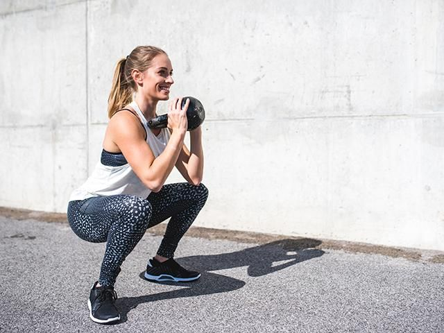 How to do squats: 20 gym variations for toned abs, legs and bum